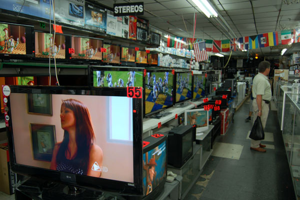 Televisions for sale at Electronics R Us